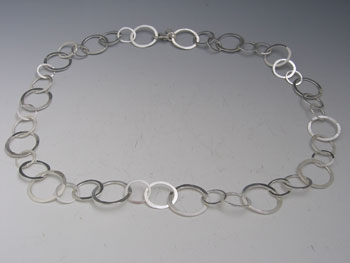 Hammered Hoop Chain
